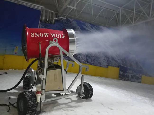 好的造雪机厂家 造雪设备价格