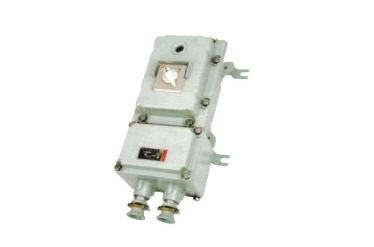 31,使用万用表测量主回路电源是否正常,检查上级电源是否送出.