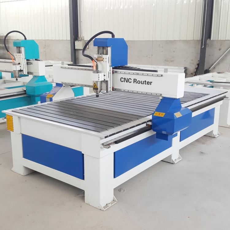 价格库 机械及工业制品 行业专用机械及设备 >> 楼梯扶手雕刻机价格