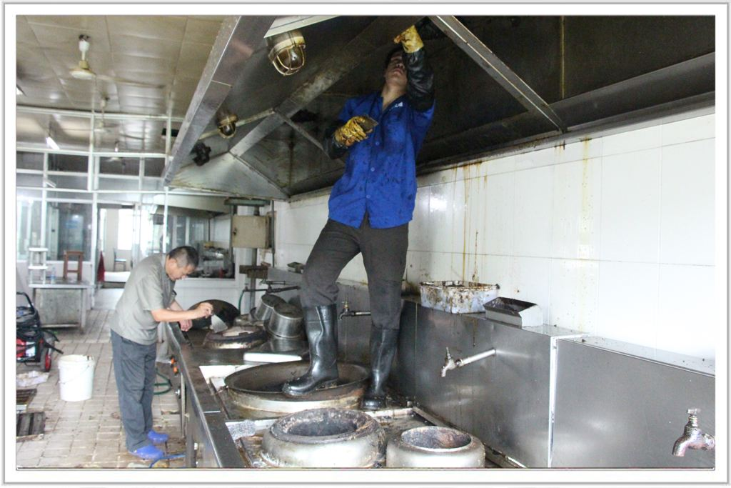 大型清洗油烟机设备_家用洗洁精可以洗油烟机叶轮吗_蒸汽洗油烟机