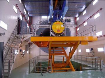 升降机的安全开关都是根据安全需要设计的,有围栏门限位