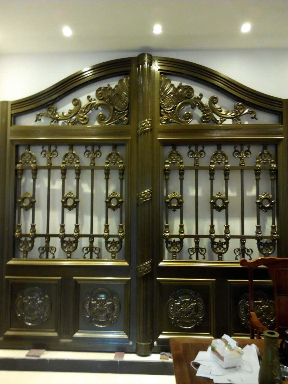 门头采用拱型设计与别墅建筑的弓型相得益彰,纯欧式   本产品链接