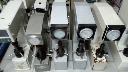供应二手洛氏硬度计硬度机/手动洛氏硬度机